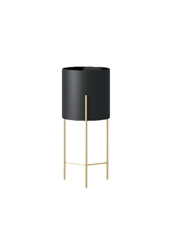 DILAS HOME black Nordic Plant Pot with Gold Stand (Black) - Small 4CBDBHL507AD6EGS_1