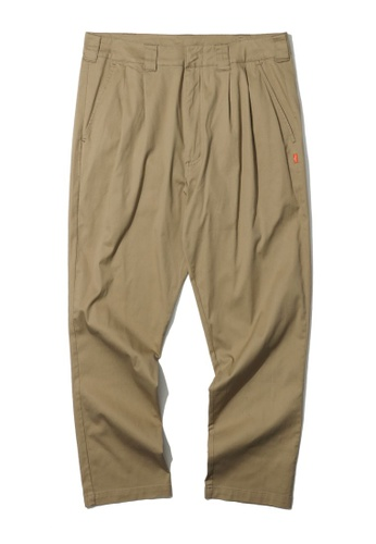 Fingercroxx beige Pleated tapered pants 63DF2AA06A24F0GS_1