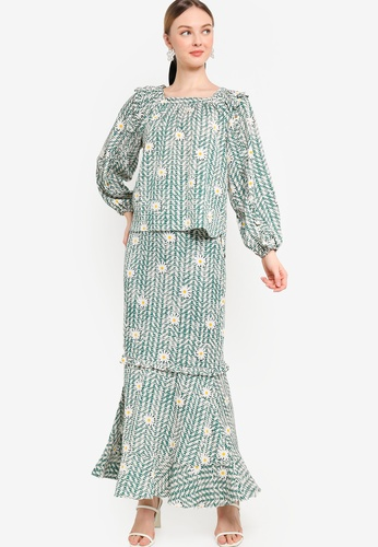 Lubna green Square Neck With Frill Sleeve Kurung 29FB4AA4817B34GS_1