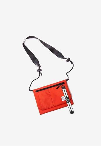 Twenty Eight Shoes orange Travel Utility Small Bag121A2017 5D437ACD87E678GS_1