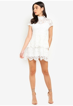 f9fed9f8cba MISSGUIDED Petite Short Sleeve Lace High Neck Dress S  94.90. Sizes 6 10 12  14