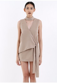 [PRE-ORDER] Nude Overlap Deep-neck Crepe Shift Dress with Collar