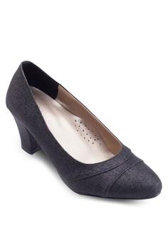 Classic Court Heels