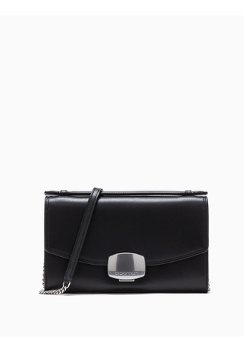 Calvin Klein black Buckle Clutch With Chain B1153ACD41159BGS_1