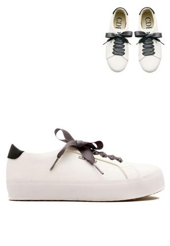 CDE white Carmilla Women Sneaker White Black with Gray Ribbon (Zalora  Sepatu Wanita Sneakers 34f47c417d