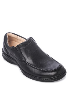 Moc-toe Loafers