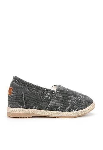 KissXXX 黑色 洗舊復古風格美腿效果5CM內增高帆布休閒鞋 KI603SH09O55TW_1