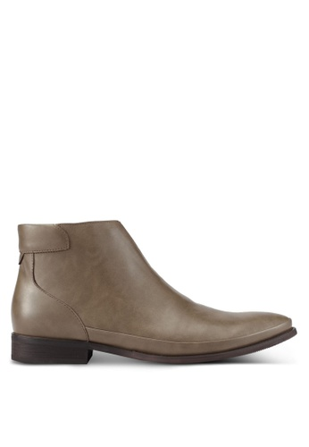 ZALORA grey Faux Leather Chelsea Boots 15878AA7B3B3A9GS_1