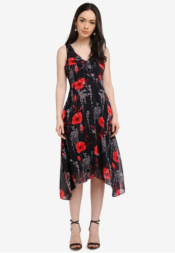 Wallis black Petite Black Floral Print Fit And Flare Dress 98216AA96AA8F0GS_1