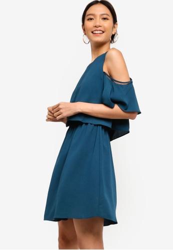 ZALORA 綠色 挖肩修身喇叭裙洋裝 80D83AA4A61812GS_1