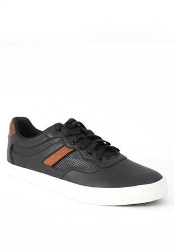 World Balance black Dillinger Men Sneakers 3B95BSHC3E7B74GS_1
