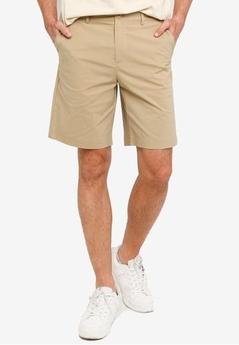 Urban Revivo 米褐色 Fashion素色短褲 FEAE9AA74FF7ADGS_1