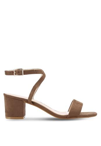 ZALORA 褐色 Faux Suede Ankle Strap Sandals 4F8DDSH2FC6004GS_1