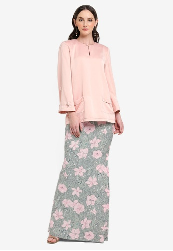 Olin Set Modern Baju Kurung from Jovian Mandagie for Zalora in Pink