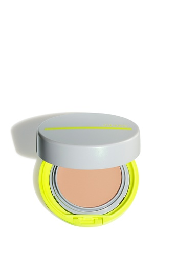 Shiseido beige Global Suncare HydroBB Compact for Sports, Light 39E76BED40CBE1GS_1