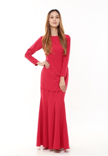 Rina Kurung in Red Maroon from Rina Nichie Basic in red_1