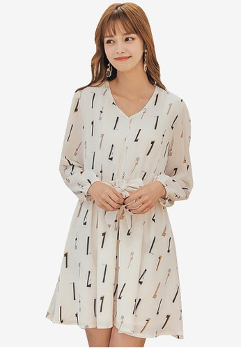 Yoco beige Geometric Printed Self-Tie Chiffon Dress D88D2AAA7C7BF7GS_1