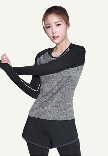 B-Code grey ZYG5047-Lady Quick Drying Running Fitness Yoga Sports Top and Shorts Two Pieces Set-Grey BC007AAD0850E1GS_1