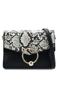 3cf32c242196 TOPSHOP black Selina Snake Crossbody Bag 2619DAC4B45D21GS 1