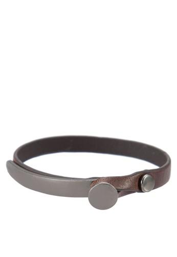 仿皮鉤扣手環esprit 衣服, 飾品配件, 手環