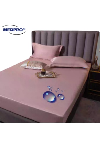 MEDPRO Waterproof Silk Bed Sheet / Bed Mattress Cover / Mattress Protector Pad Fitted Sheet / Bed Linens with Elastic Corners [Single Bed Size]. D9F8DHL0F8A4DAGS_1