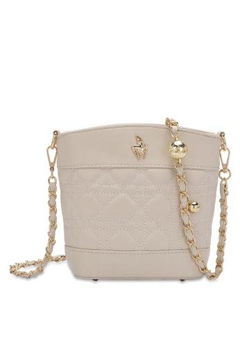 Swiss Polo beige Chain Crossbody Bag 2CBE2ACA2C1725GS_1