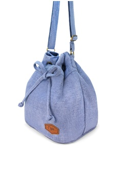 28% OFF Ripples Chloe Basic Bucket Sling Bag S  34.90 NOW S  25.00 Sizes  One Size 1452e68adb587