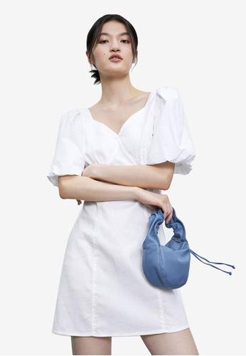 Urban Revivo 白色 夏日公主袖洋裝 CD33FAA636DAF2GS_1