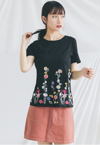 Shopsfashion black Floral Embroidery Tee  SH656AA0GHZNSG_1