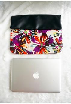 Zuri Laptop Sleeves - Indigo & Red Daisies