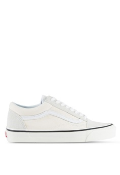 b0a4e093722e8e VANS white Old Skool 36 DX Anaheim Factory Sneakers 16A67SHD9A7489GS 1