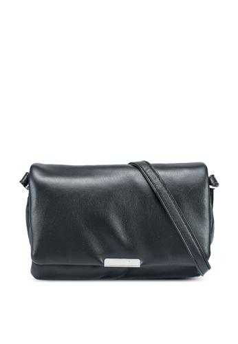 Pieces black Gyda Crossbody Bag 16922AC4625408GS_1