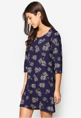 寬版印花七分袖連身裙、 服飾、 洋裝ZALORA寬版印花七分袖連身裙最新折價