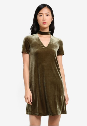 Mango green Choker Neck Velvet Dress MA193AA0S36JMY_1