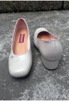 Paragon Sherly Low Heel Shoes (Bone)