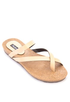 Keana Crossover Strap Flat Sandals
