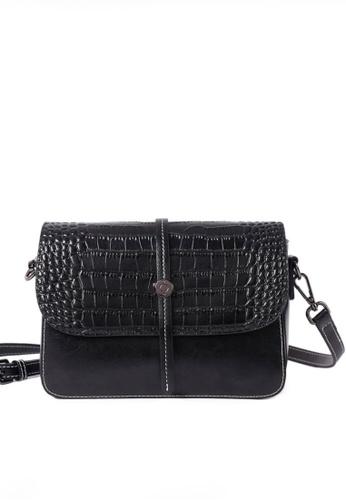 Twenty Eight Shoes black VANSA Simple Contrast Leather Crossbody Bag VBW-Cb2318 8339CACDC51606GS_1