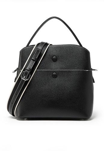 Twenty Eight Shoes black VANSA Leather Portable Crossbody Bucket Bag VBW-Cb202015 C87D0AC637D5ADGS_1
