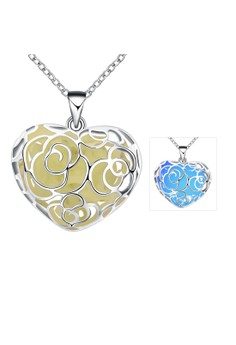 YGN065-C Heart Shaped With Night Fluorescent Blue Pendant Necklace Party Jewelry