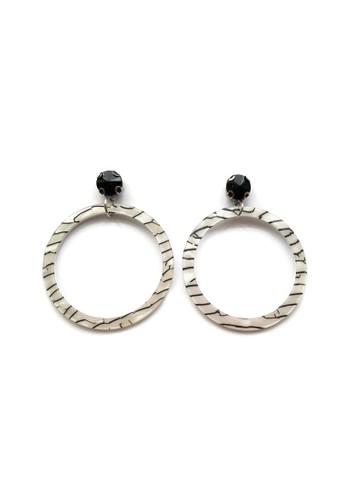 La Miina white Black White Louisa Acrylic Hoop Stud Earrings EB315AC9FA821FGS_1