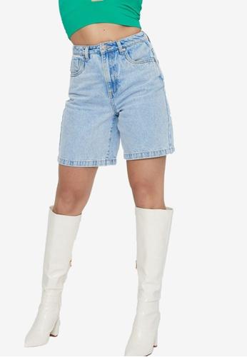 Supre blue Longline Bermuda Denim Shorts 1D50EAA7AC4160GS_1