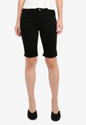 Dorothy Perkins black Black Knee Shorts D8BFDAAF997C06GS_1