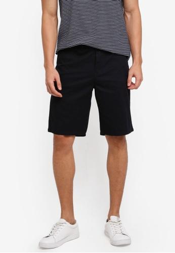 Penshoppe 黑色 休閒素色短褲 1873DAA6742A6AGS_1
