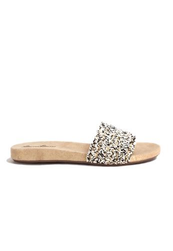 Shu Talk 金色 簡單時尚悠閒舒服涼鞋 35723SH0E5FC1AGS_1