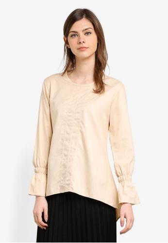 Aqeela Muslimah Wear beige Flounce Sleeve Top AQ371AA0S4WKMY_1