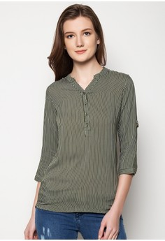 Quarter Sleeves Top