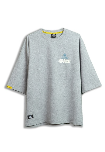 Reoparudo grey IEEO IN SPACE x RPD Colours Adjusting Print Oversized Tee (Grey) 91542AA58836DDGS_1
