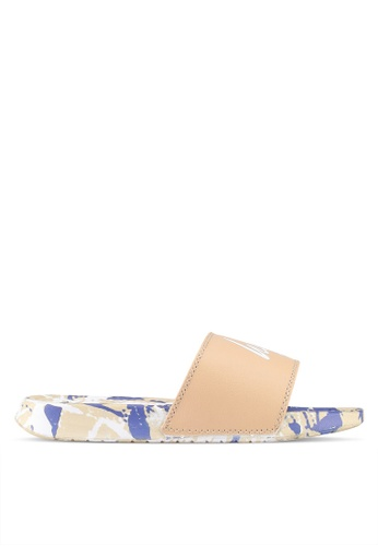 Just Hype white and brown Marble Sliders 7BEC9SHAF0D9C7GS_1