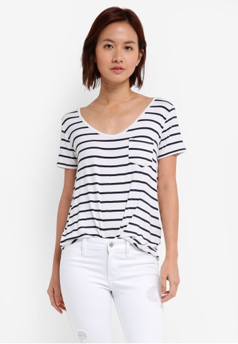 Hollister black and white and multi Easy Vee Top 81D0AAAA318674GS_1