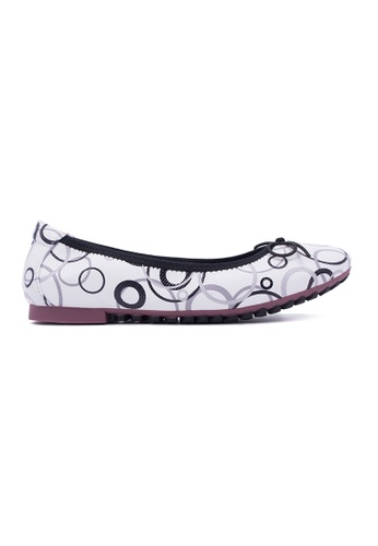 Flatss & Heelss by Rad Russel black and grey and white Multi Colour Circles Shape Prints Flats FL655SH0GQADSG_1